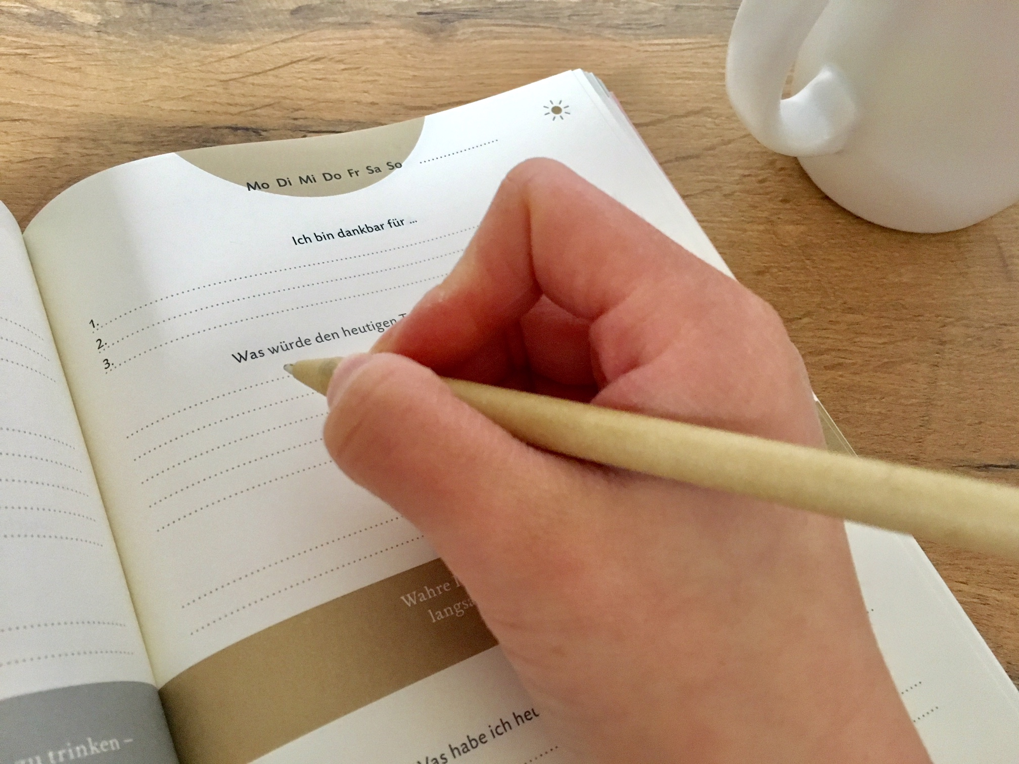 schreib dich gl cklich mit dem 6 minuten tagebuch. Black Bedroom Furniture Sets. Home Design Ideas
